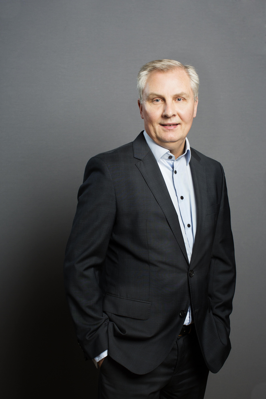Cheføkonom Jens Nyholm Direktør i aktieafdelingen Peter Møller ...